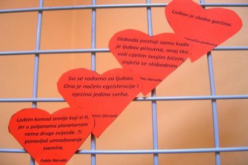 izlozba-valentinovo-u-knjiznici-13