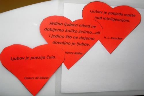 izlozba-valentinovo-u-knjiznici-5