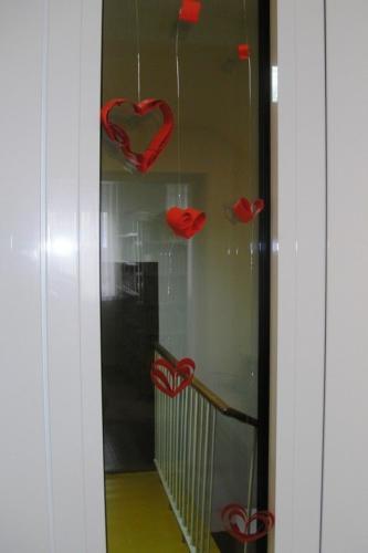 izlozba-valentinovo-u-knjiznici-8