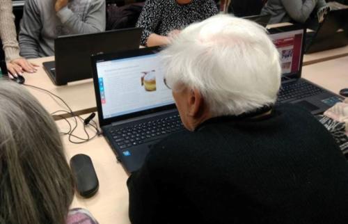 kreativne-terapije-za-starije-osobe-2